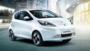 绿色动能大势所趋 环保电动小车荣威E50