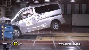 2013款郑州日产NV200 E-NCAP碰撞测试