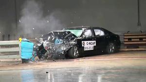 C-NCAP碰撞测试 一汽丰田皇冠荣获五星