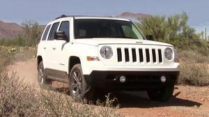 2015款Jeep自由客 配备2.4L发动机