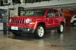 2013款Jeep自由客红色