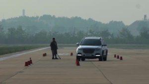 哈弗H6超级评测高速躲避障碍物测试