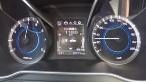 逸动超级评测0-100km/h加速仪表盘