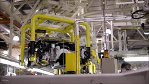 2018款阿斯顿马丁DB11生产车间揭秘