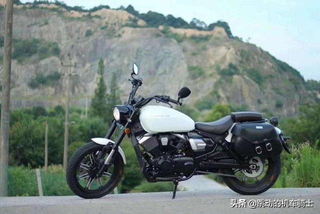 如今三万元左右的摩托车挺多