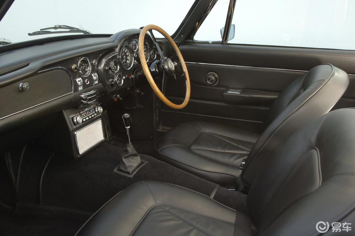 1965款 Aston Martin DB6
